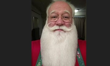 Army Ranger Turned Santa Says Holding This Dying Child Is The Hardest Thing He's Ever Done