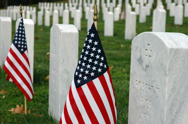 7 People Were Buried In The Wrong Graves At A Veterans Cemetery