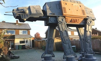 This Crazy Inventor Built A Lifesize AT-AT Walker In His Backyard