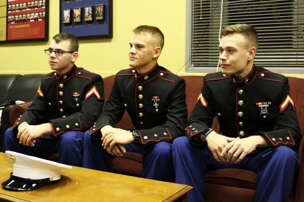 These Marines In Their Dress Blues Chased Down 3 Suspected Thieves