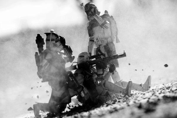 US Marine Creates Amazing Combat Scenes With Star Wars Action Figures