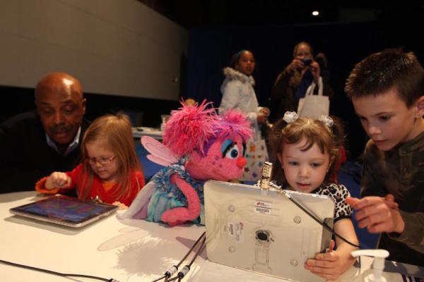 Sesame Street Partners With Defense Department To Help Military Kids Overcome Hardship