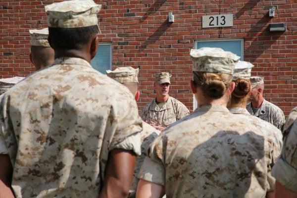 Special Marine Unit Tests Women In Combat Roles