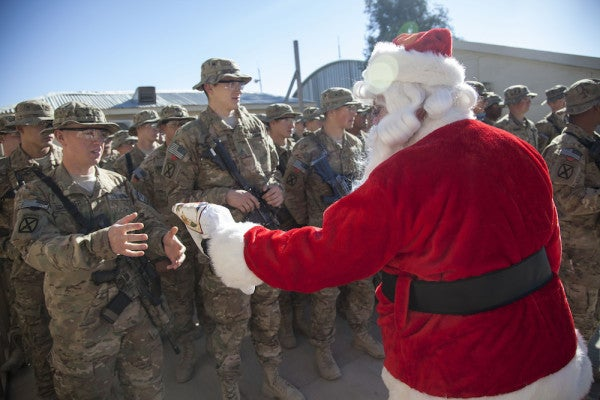 6 Last Minute Gift Ideas For The Military Community