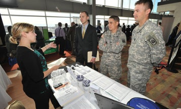 5 Things You Need To Know Before You Walk Into A Job Fair