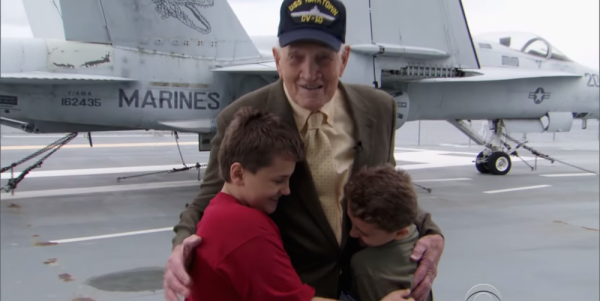 A WWII Vet Helped 2 Children Fall In Love With History Aboard A Retired Navy Ship