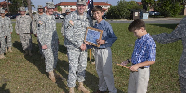 UNSUNG HEROES: The Soldier And His Sons Who Saved A Teenage Car Accident Victim