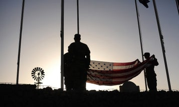 There's Only One Flag That US Service Members Should Honor