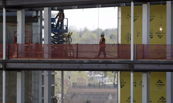 How The VA Let The Aurora Hospital Construction Run Rampant