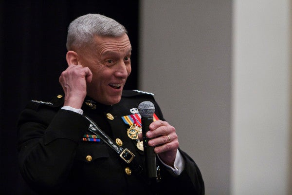 Marine General Caught Doing The Right Thing