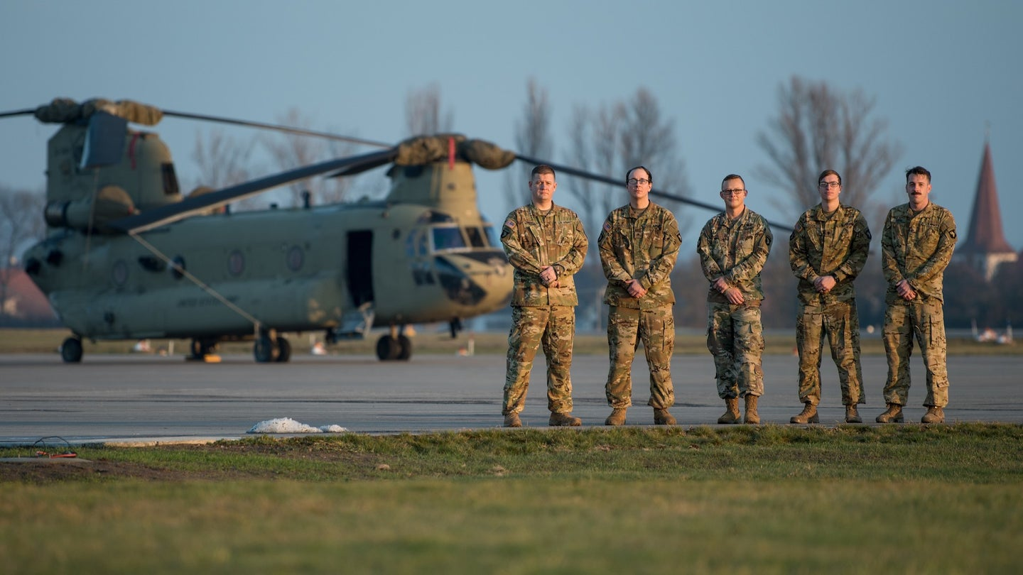 We salute the Army Chinook crew who made an emergency landing to respond to a car accident