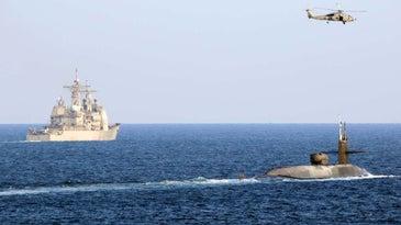 us navy sub iran message