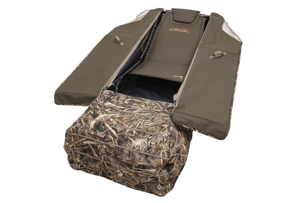 Stay out of sight with these 6 hunting blinds