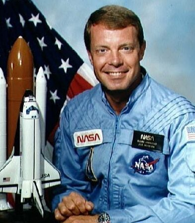 A NASA astronaut's advice for space travel: Bring a credit card