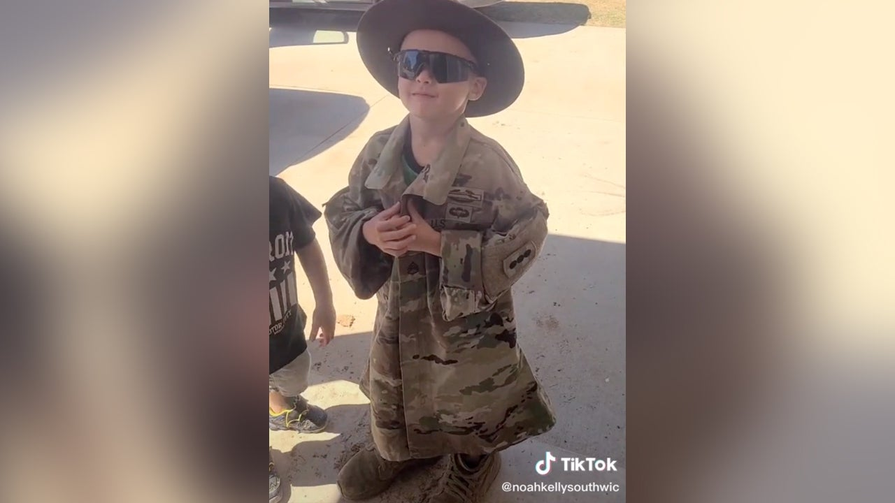 Watch Army trainees get smoked by this adorable 5-year-old drill sergeant