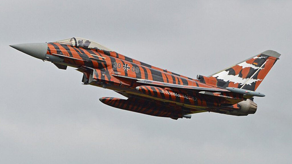 Why Portugal paints F-16s to look like tigers