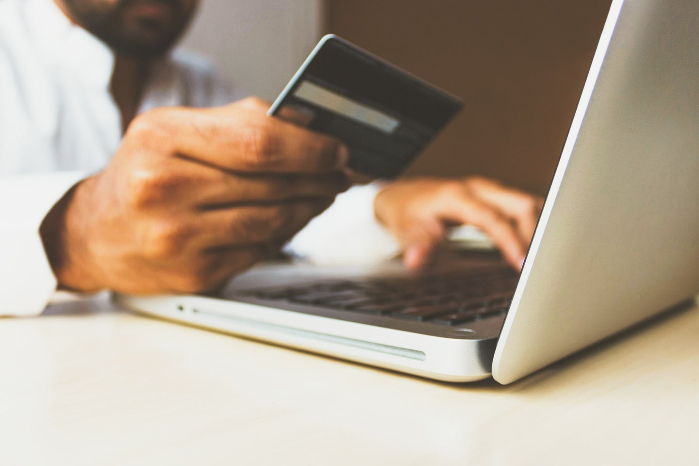 How to choose a credit card to maximize your rewards