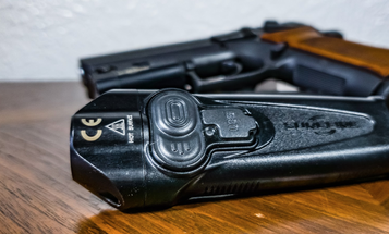 Review: the SureFire Stiletto lives up to its name
