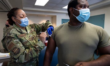 Pentagon to troops: You gotta wear masks again