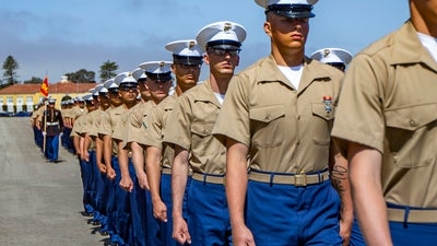How to become a US citizen through military service