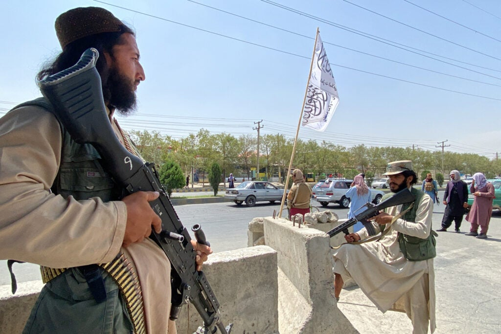 Pentagon won't help Americans and Afghans get past the Taliban 'gauntlet' outside Kabul's airport