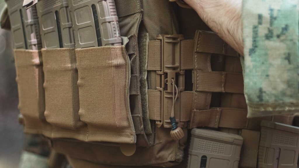 Review: the BDS Tactical Skelton Cummerbund is a one-stop fix to make your USMC flak fight with you
